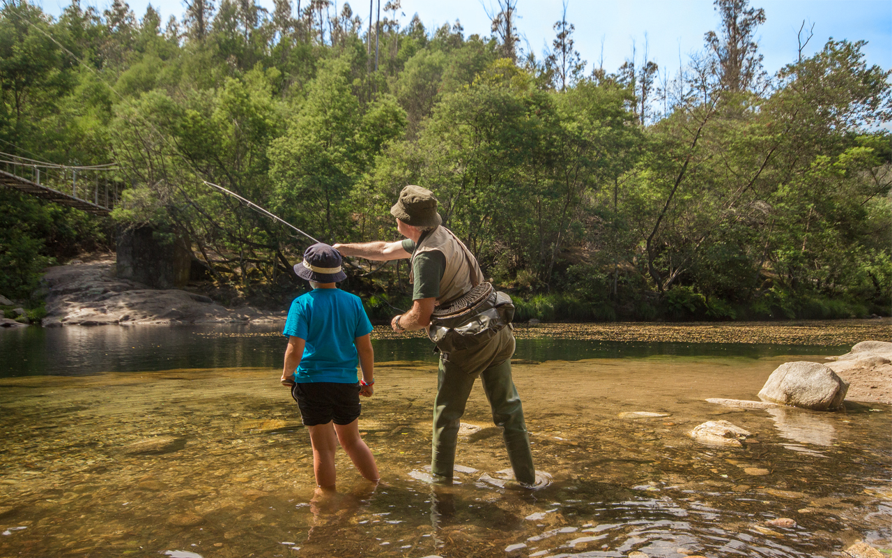 Hooking trout in the River Verdugo