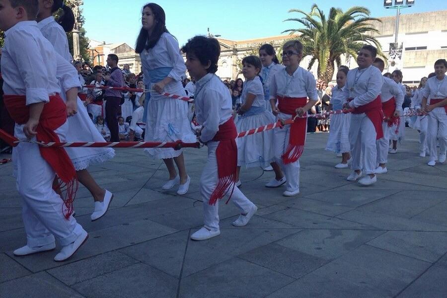 Danza de las Espadas de Marín