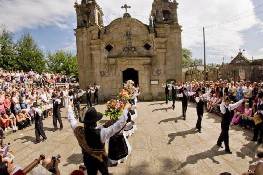 Danzas ancestrales de Darbo en Cangas, Pontevedra