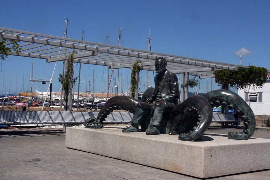 Estatua de Julio Verne en Vigo