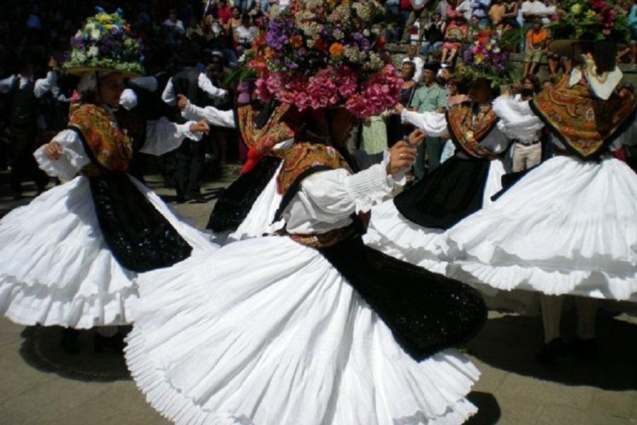 Danzas en Aldán