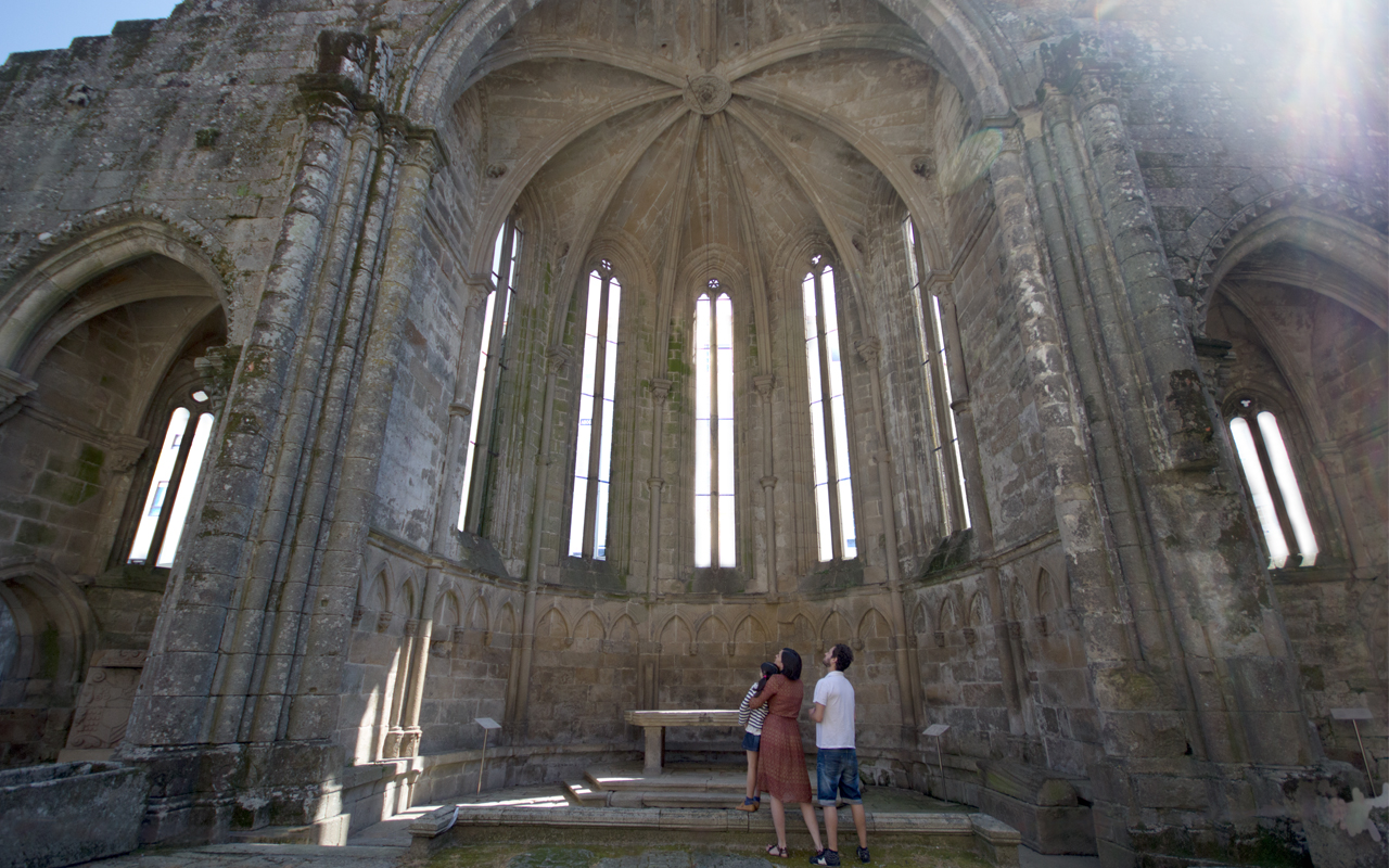 Discover Pontevedra's series of historical and artistic monuments