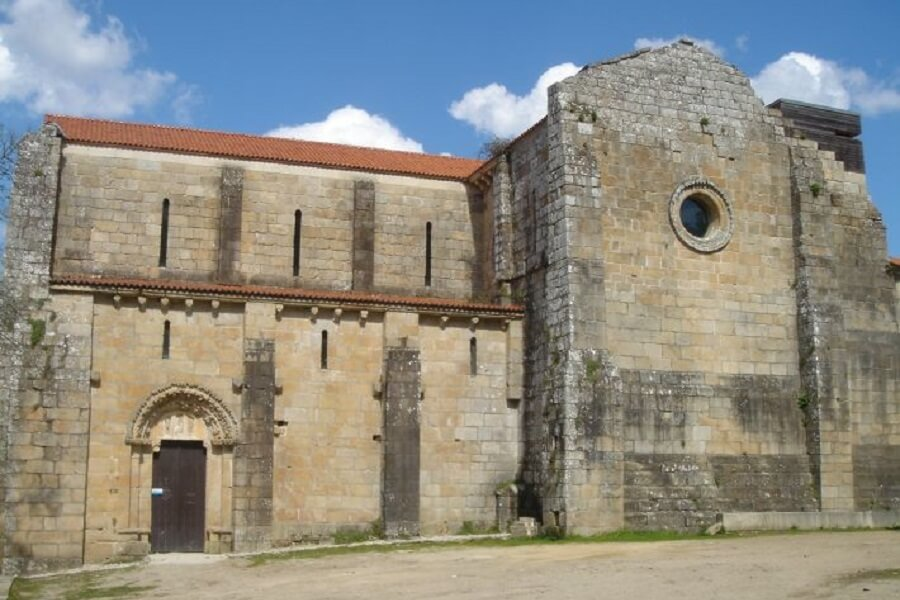 Monasterio Carboeiro, Silledo