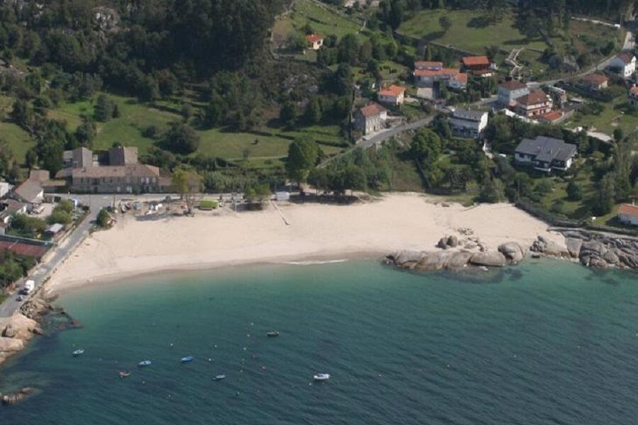 Playa Menduiña, Cangas